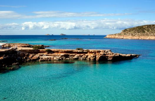 https://media.ab-in-den-urlaub.de/image/themeworld/../../image/hubpages/dias/Ibiza_01.jpg