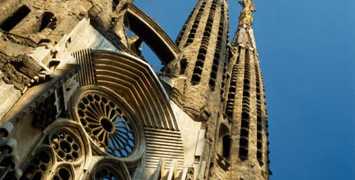 https://media.ab-in-den-urlaub.de/image/themeworld/../../image/hubpages/dias/Barcelona_02.jpg