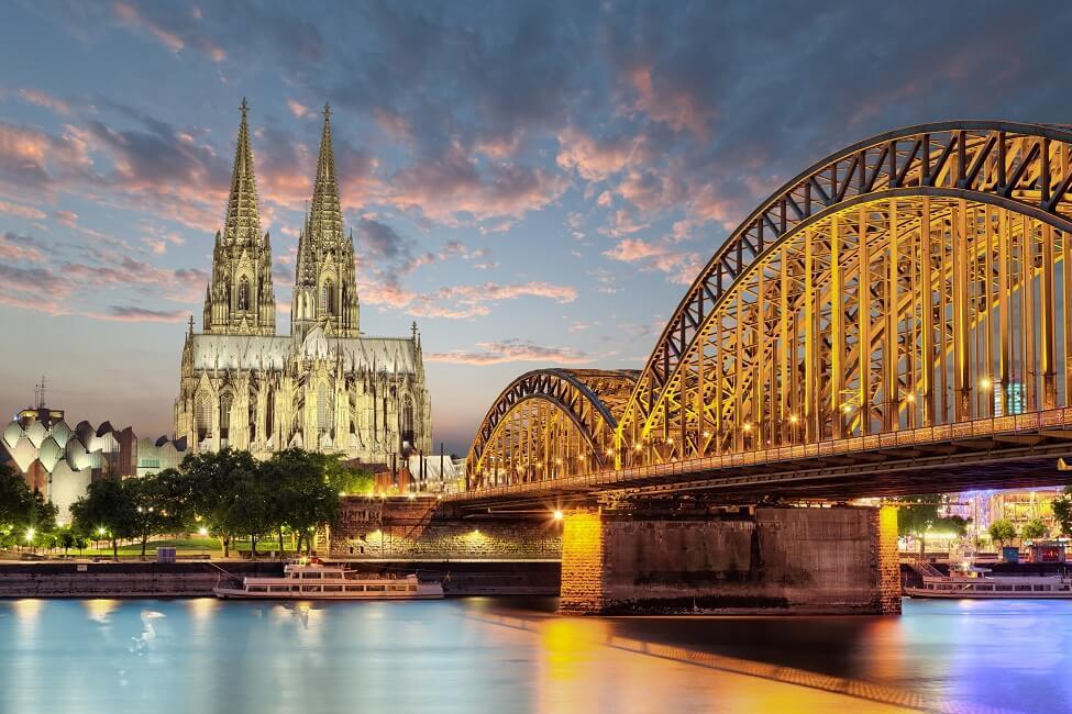 Köln, Kölner Dom, Rhein, Deutschland_klein