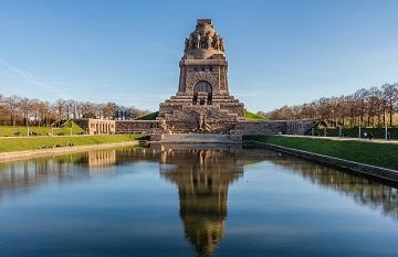 Blick auf das Völkerschlachtdenkmal in Leipzig, Deutschland