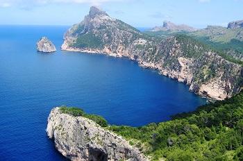 Felsenküste von Formentera
