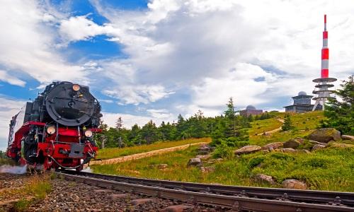 Harzer Landschaft mit Dampflock