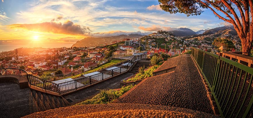 Madeira, Sonnenuntergang über Funchal