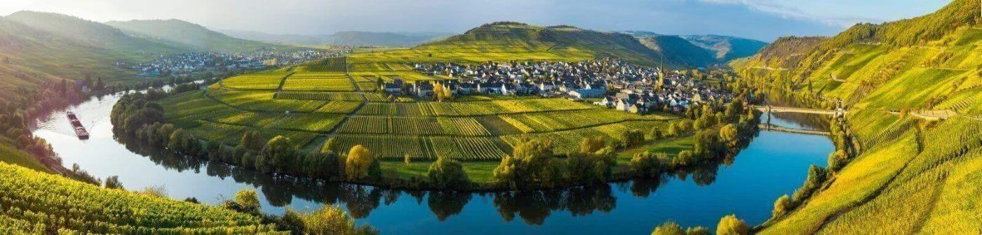 Deutschland, Mosel in Landschaft