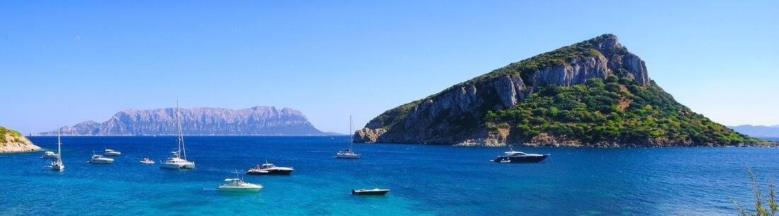 Sardinien Blick auf vorgelagerte Inseln