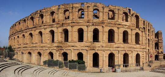 Blick auf das Colosseum in El Jem in Tunesien