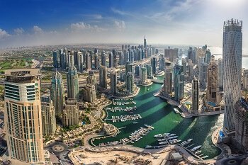 Luftbild der Dubai Marina, VAE