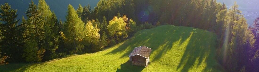 Hütte in den Österreichischen Bergen auf einer Alm