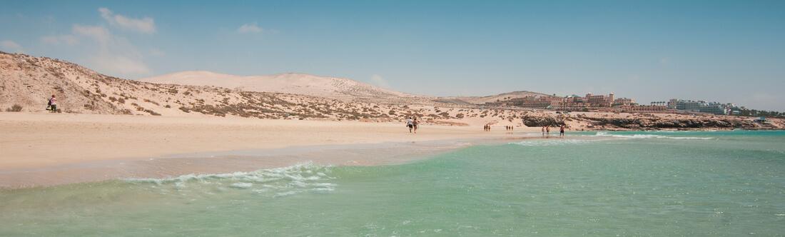 Blick auf den Strand von Costa Calma, Fuerteventura, Kanaren, Spanien