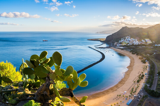 Strand Las Teresitas auf Teneriffa, Kanaren, Spanien