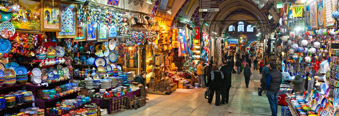Blick in den Basar in Istanbul, Türkei