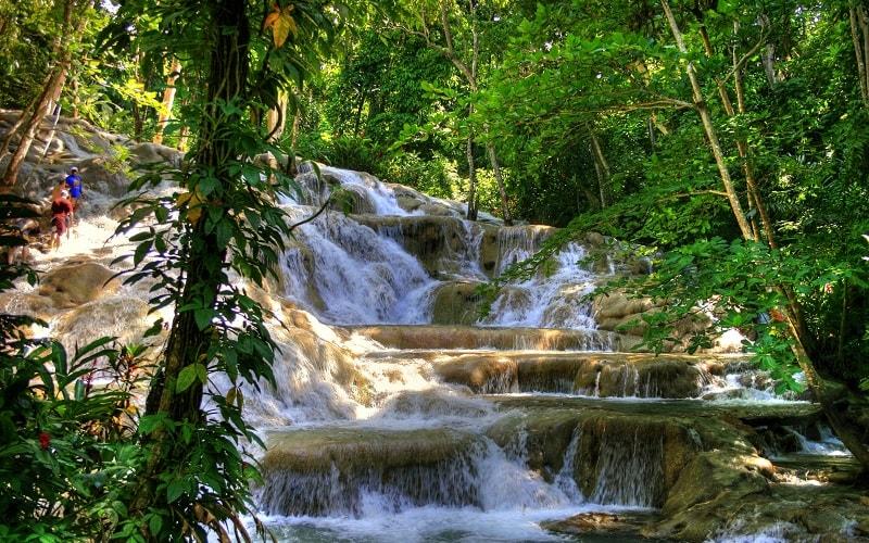 Dunn River Wasserfälle in Jamaika