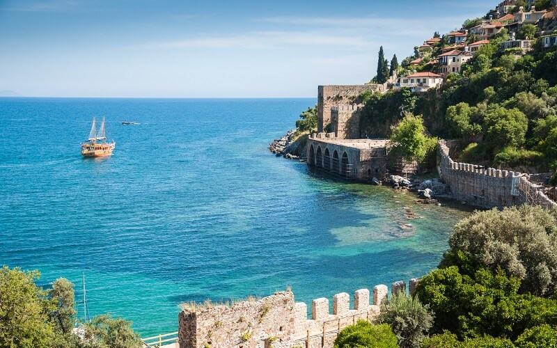 Festungsmauer an der Küste, Alanya Türkei