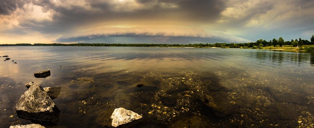 Gewitter über dem Cospudener See, Leipzig