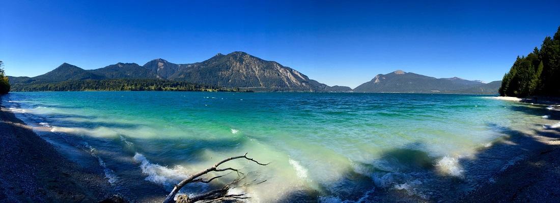 Panoramabild vom Walchensee, Ufer Blick, Bayern