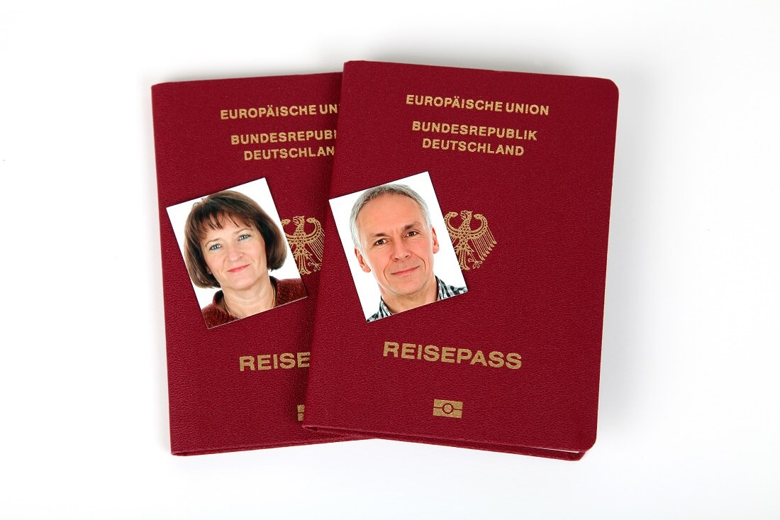 Reisepässe eines deutschen Ehepaares