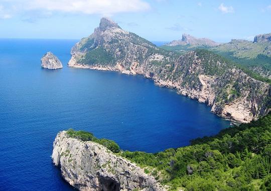 Luftbild auf die Küste von Formentera Balearen, Spanien